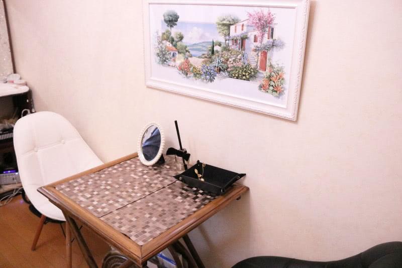 プリエールのカウンセリングの机