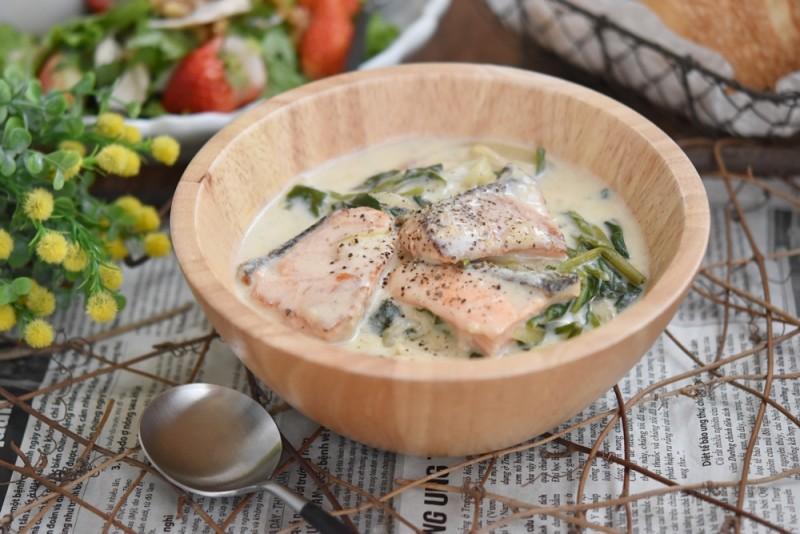 鮭とほうれん草の豆乳クリーム煮 完成写真