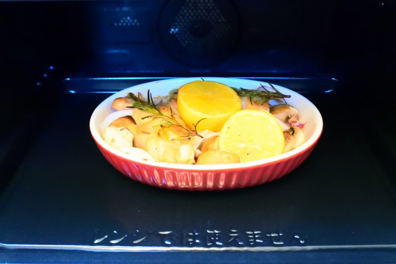 鶏手羽元のレモンマリネロースト 10分加熱後