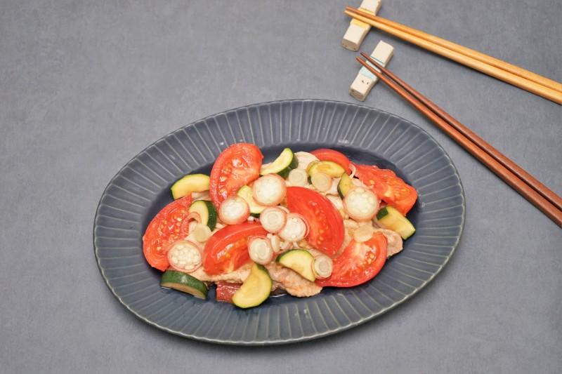 豚肉とトマトの蒸し焼き・みょうがソース 完成2