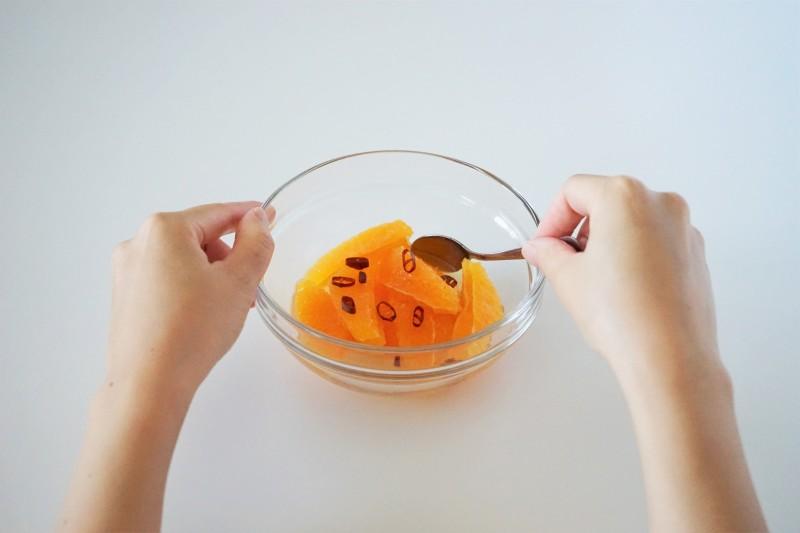 鶏肉と彩り野菜のグリルオレンジマリネ マリネ液作り